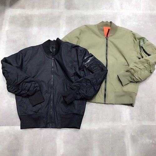. こんにちは🌝 ABC-MART SPORTSららぽーと豊洲店です! . . 本日はNIKEから先日ご紹介させていただきましたジャケットの新色が入荷しました〜❣️ . 軽量性と断熱性に優れた リバーシブルデザインを採用️ スタイルが選べて暖かく快適な一枚です🤗 . . 是非こちら店頭にてお試しください𖤐 . *AH2034-010,222 ¥15,000+tax . . .