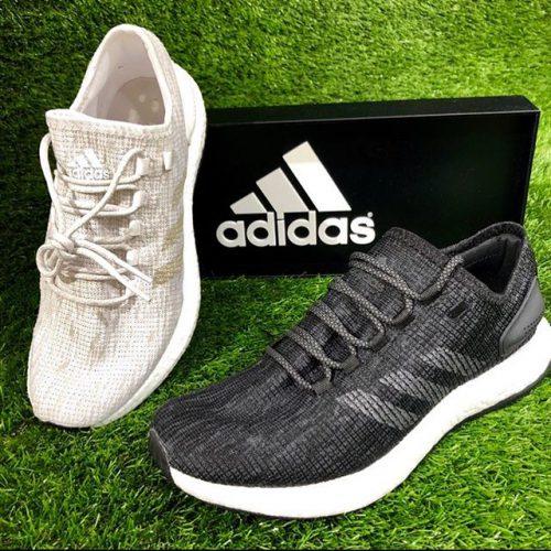 こんにちは ABC MART SPORTSなんばCITY店です! . . adidasランニングシューズ pureBOOSTのご紹介です! . . ランニングシューズとしてはもちろん、普段のタウンシューズとしてもオシャレに履きこなせる1足! 足幅も2E相当になっているので、幅広さんにもオススメです️ . ただいま adidas running fair ️ 期間限定特別特価にてご用意致しております! お買い得な今、是非店頭にてお試しください . . pureBOOST BB6277 WHT/GRY/WHT CP9677 BLK/GRY/GRY .