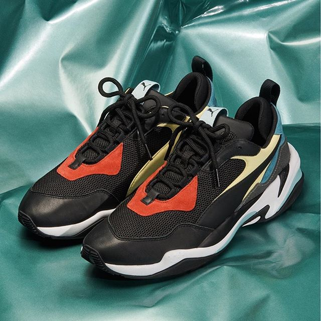 .<br /> <10/26(Fri)Release><br /> .<br /> .<br /> 【PUMA】 <br /> THUNDER SPECTRA<br /> 367516-01 <br /> BK/BK/WH<br /> ¥14.800+TAX .<br /> .<br /> .<br /> . ※販売方法、詳細はABC-MART SPORTS各店にお問い合わせください。<br /> ※お1人様1足までとさせていただきます。<br /> .<br /> .