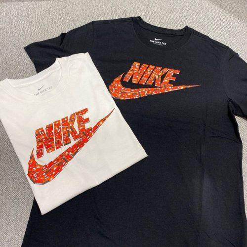 こんにちは!. . ABC-MART SPORTS MARK IS 福岡ももち店です︎ ・ 本日はNIKEウェアから 新作商品をご紹介致します! ・ フーチュラアイコンを シューズボックスでかたどったTシャツです 1枚で目を引くデザインになっております!. ・ ぜひ店頭でご覧、お試しください! ご来店お待ちしております️ ・ ・ NIKEウェア M NSW SS TEE FUTURA SHOEBOX 010BLACK 100WHITE ¥3000+tax ・ .