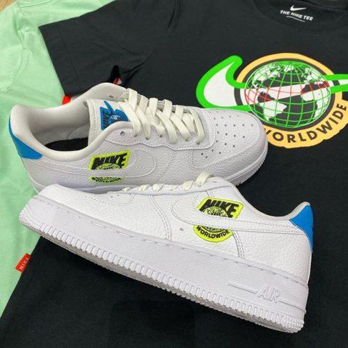 こんにちは🌞🌞 ABC-MART SPORTS ピエリ守山店です😎 ・ ・ 本日はNIKEよりニューコレクションの登場! Nike Internationalをコラージュした限定モデルとなります! ・ ・ 気になった方はぜひお近くのABC-MART SPORTSまでお越し下さいませ♂️♂️ ※お取り扱いない店舗もございます。 ・ M NSW SS TEESWOOSHWORLDWIDE CW0387 010BLACK ¥3,500+tax ・ M NSW SS TEESWOOSHWORLDWIDE cw0387 318CUCCLM ¥3,500+tax ・ W AIRFORCE1 '07 SE WCT1414 101WHITE/WHITE ¥11,000+tax ・ 皆さまのご来店心よりお待ちしております!! ・ ・